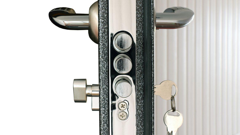 puertas-metalicas_1200x675px_blindadoor.com_02