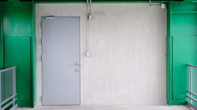 puertas-metalicas_1200x675px_blindadoor.com_01